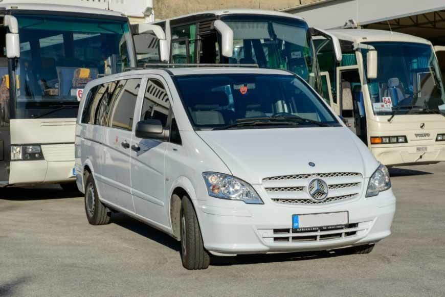 MERCEDES VITO WHITE – 8 SEATER